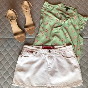 Beautiful White Guess Denim Skirt